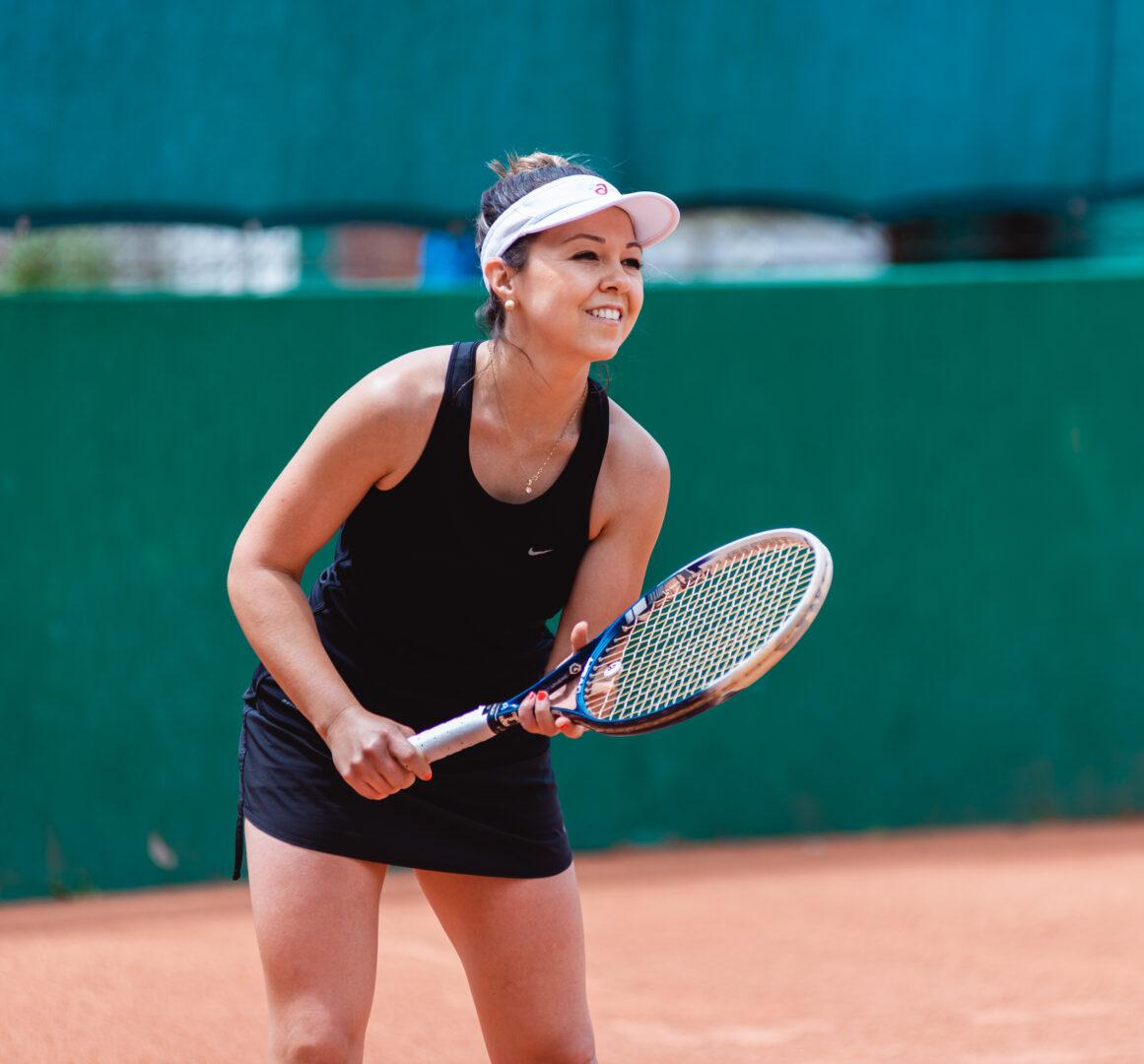 Raquetes Fernanda Ens - Sobre aulas de tênis em porto alegre